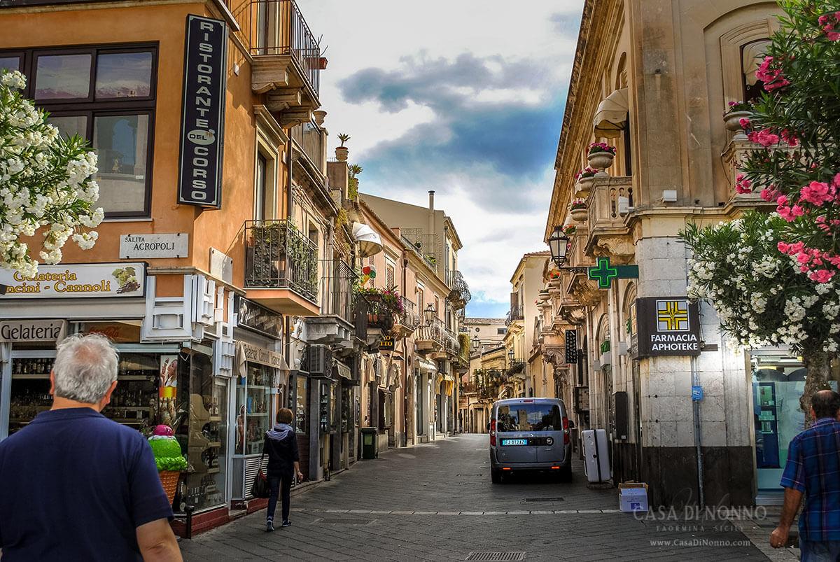 Corso Umberto, Taormina Sicily