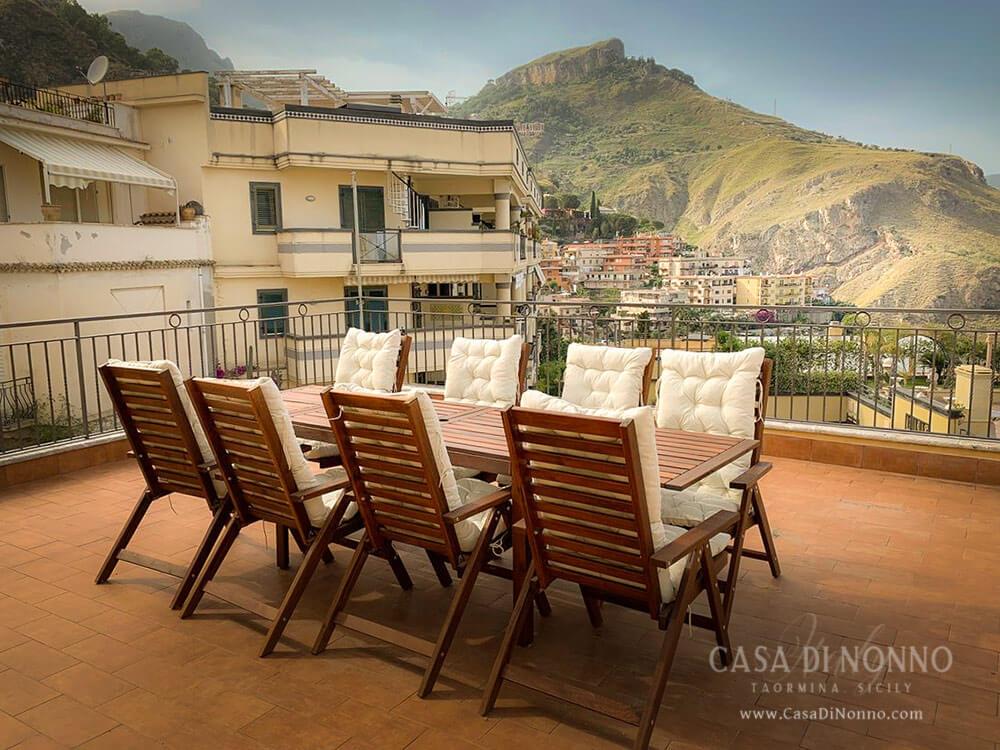 Casa di Nonno Taormina - Terrace with mountain view